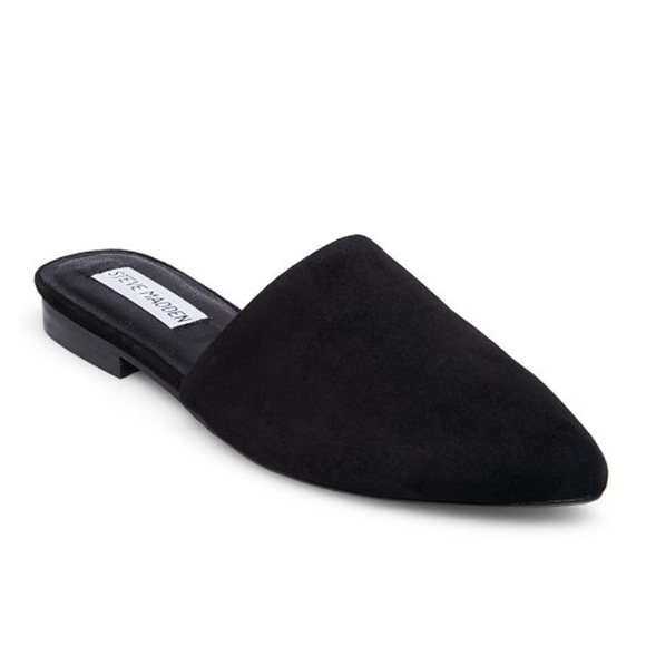 61be76796ee Steve Madden Trace Suede Flat Mules. M 5b1bf3117386bc47c720fb7d